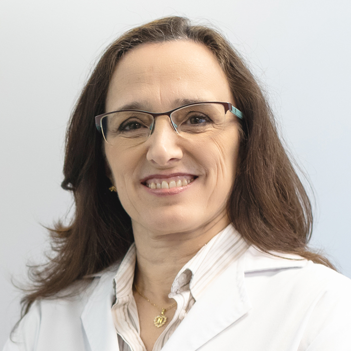 Dra. Nieves Saiz