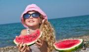 Comer y beber en la playa
