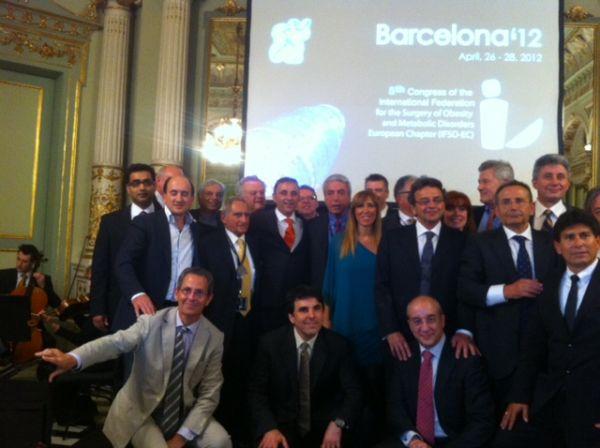 Dr.Ferrer en la ifso 2012 con los miembros más destacados a nivel mundial en la obesidad