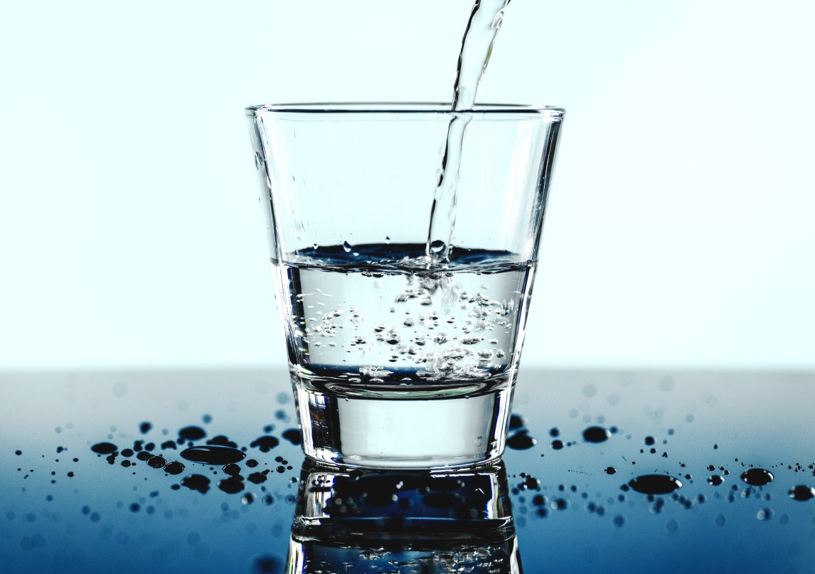 agua en cirugía bariátrica